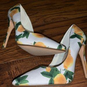 Shoe dazzle size 7.5